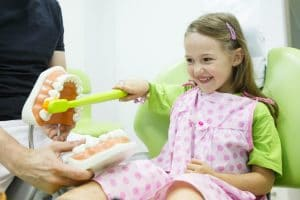 دندانپزشک اطفال متخصص دندانپزشکی اطفال تهران